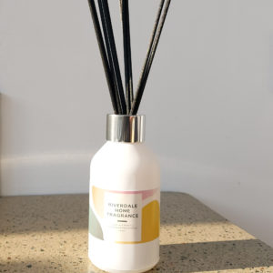 Image of Cassis and Wild Fig Scented Reed Diffuser